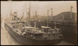 View of S.S. Cristobal exiting Pedro Miguel locks, southbound, August 3, 1914. | Buque S.S. Cristobal saliendo de las esclusas de Pedro Miguel, viajando en dirección al sur, Agosto 3, 1914.