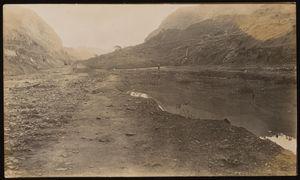 Culebra cut excavation. Ca. 1910-1911. | Excavaciones en el Corte Culebra. Ca. 1910-1911.